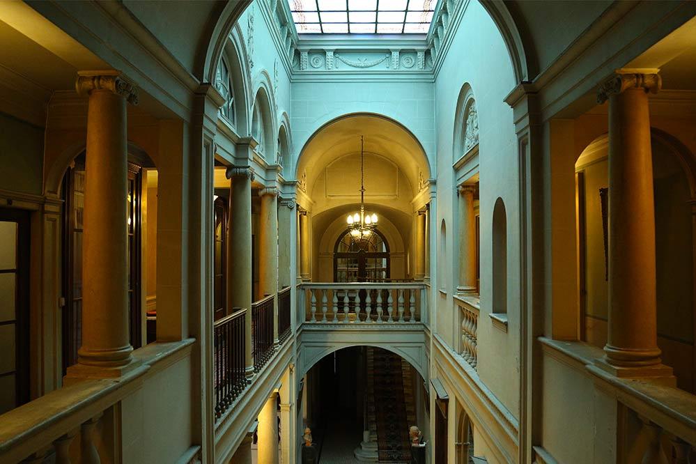 Espace atrium Cinévaugien